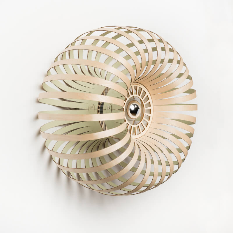 Lion Design - houten muurlamp model Meta wall